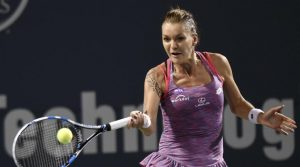 Radwanska is favourite to reach semi finals