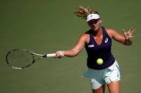 WTA Australian Open, Q Final: Vandeweghe v Muguruza (02:00) 1
