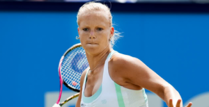 WTA Gstaad, Q Final: Larsson v Bertens (11:30) 1