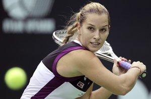 WTA Western and Southern Open, Cincinnati: Cornet v Cibulkova, 7pm 1